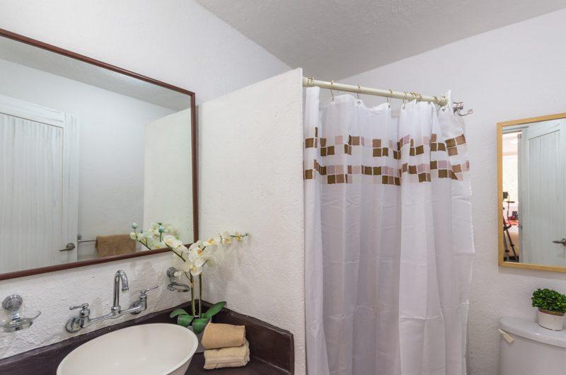 Gated Apartment in El Encanto